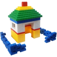 GIANT BLOCKS HOUSE AND FENCE